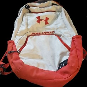 🎯Cream and orange Under Armour backpack